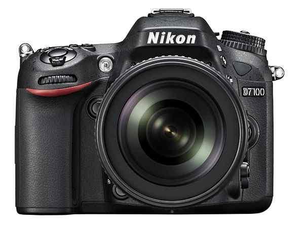 Máy ảnh Nikon D7100 mặt trước