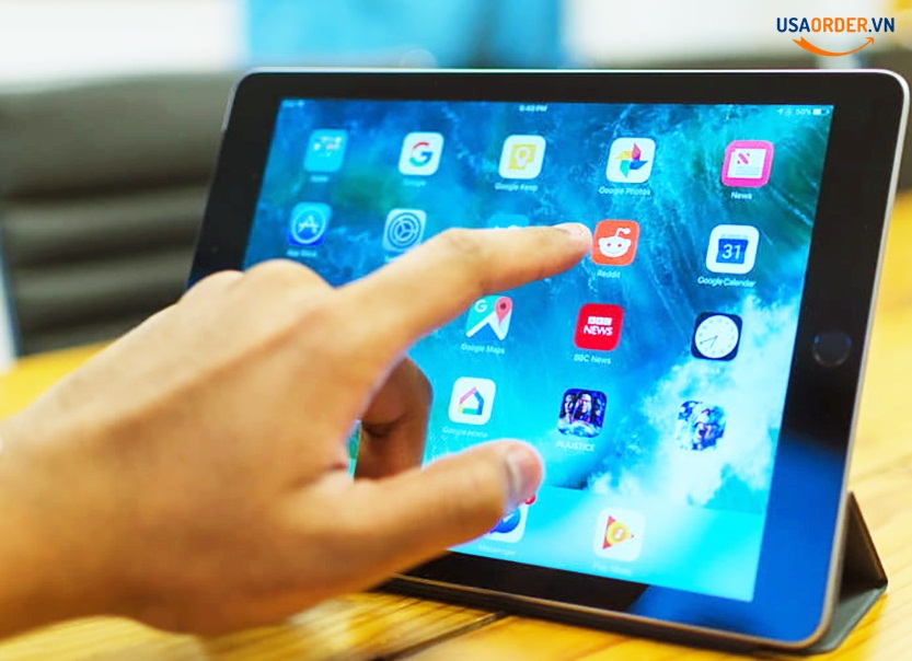 So sánh chi tiết Surface Go và iPad: Order chính hãng New Surface Go