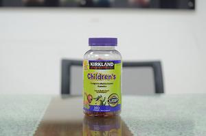 Kẹo  Kirkland Childrens Complete Multivitamin Gummies - Nhập Khẩu Mỹ