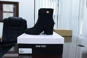 Giày Boots Nữ Nine West Querna2 - Black - Nhập khẩu Mỹ
